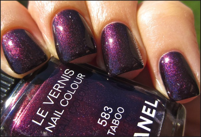CHANEL Taboo swatch 3