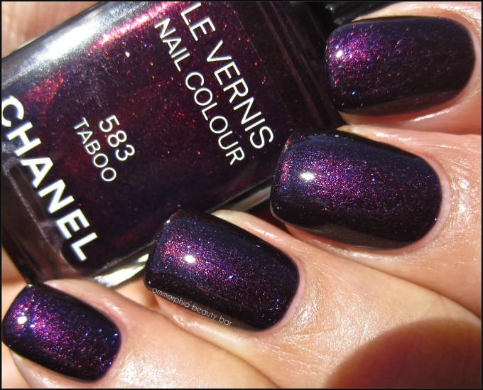 CHANEL Taboo swatch