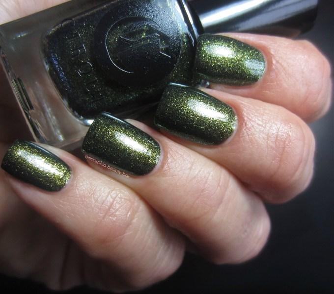 Cirque Lichen swatch 2