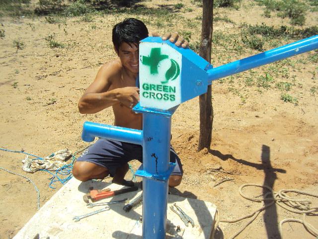 BOLIVIA Installing the Pump (2)