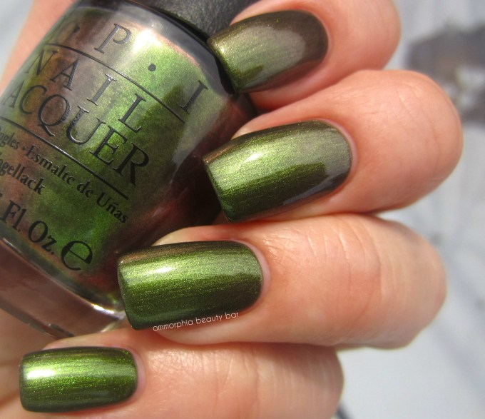 OPI Green on the Runway swatch 2