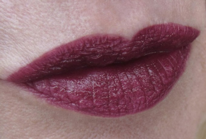 Burberry Kisses Oxblood swatch 2