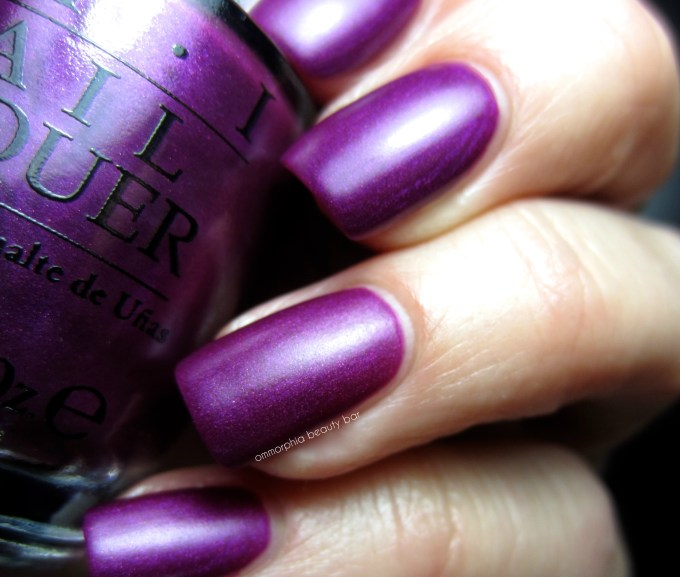 OPI DS Imperial swatch 2