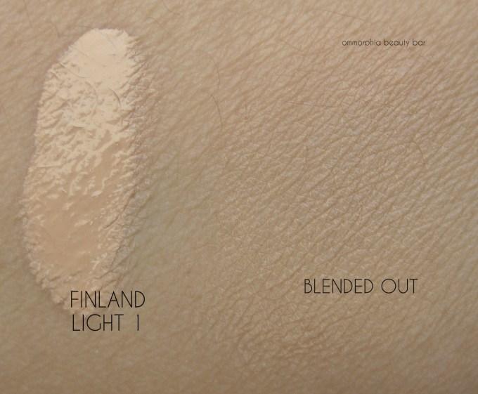 NARS Finland Velvet Matte Skin Tint swatch