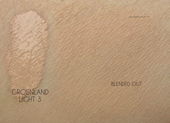 NARS Groenland Velvet Matte Skin Tint swatch