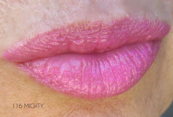 CHANEL Mighty Rouge Coco Shine swatch single