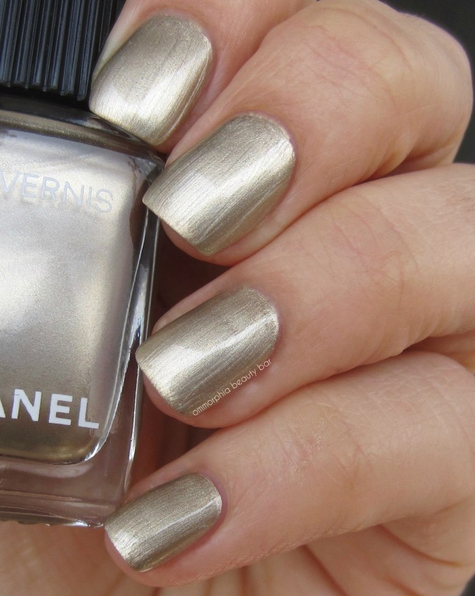 CHANEL Canotier swatch 2