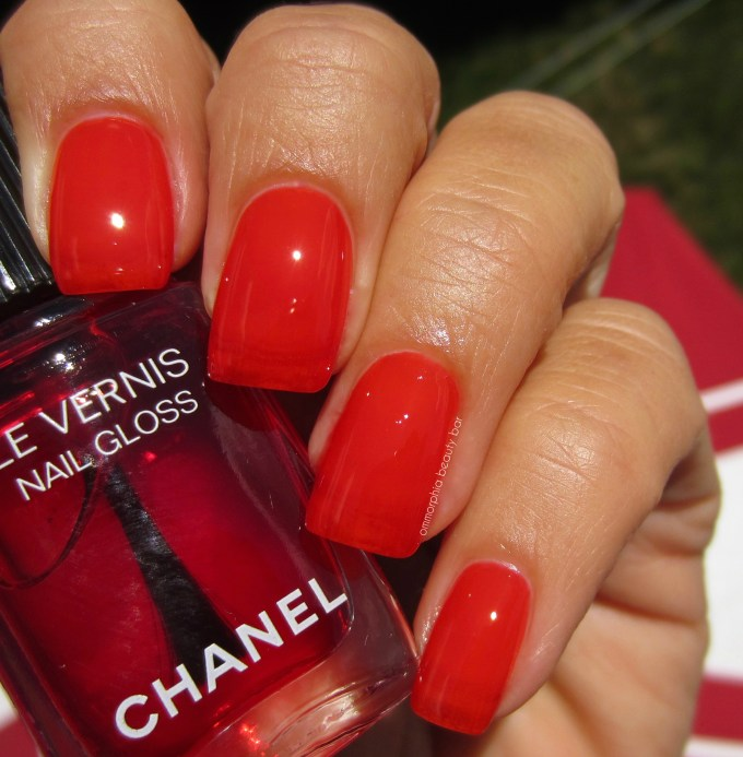 CHANEL Rouge Radical Nail Gloss 2 coats