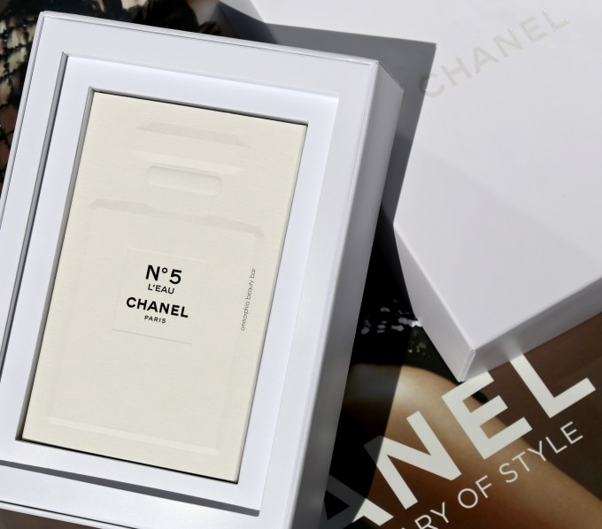 CHANEL No5 L'Eau boxed