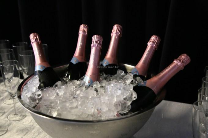 Lise Watier x Grands Ballet pink champagne