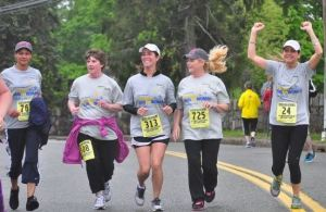 mothers day race, mother's day, melrose run for women