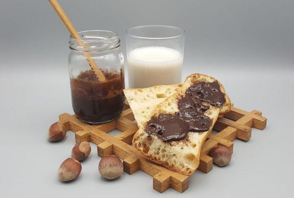 pate_tartiner-nutella-chocolat-noisettes-vegan