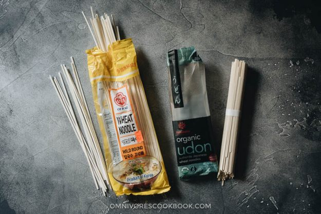 Udon noodles used in cooking chicken lo mein