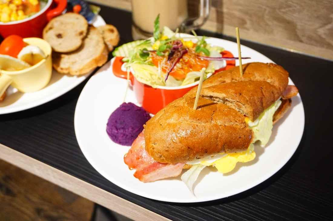 """【新北中和早午餐】早個好地方    永安市場旁""""家庭式平價咖啡館早午餐"""