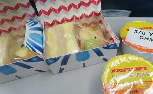 ハワイ子連れ旅行の飛行機、デルタ航空の子どもの食事(トドラーミール)の内容は? 5