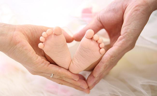 赤ちゃんの手形足形の取り方のコツはある?いつ頃がベストなの!? 1