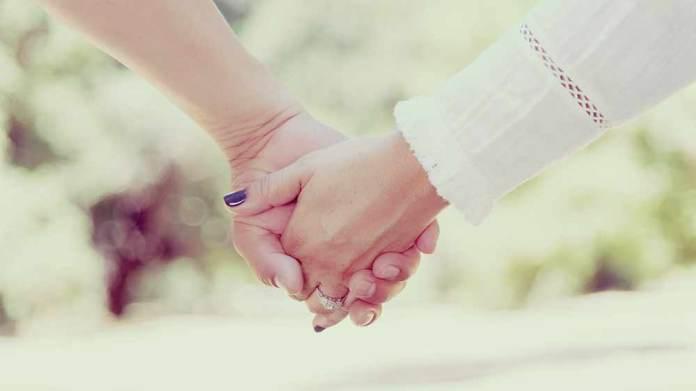 結婚祝いの相場 親や兄弟,いとこや友人,職場や部下はいくらにする?