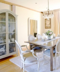 french-accented-room-ictcrop_gal