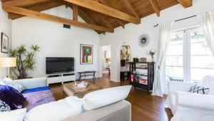 LA house before _ living room