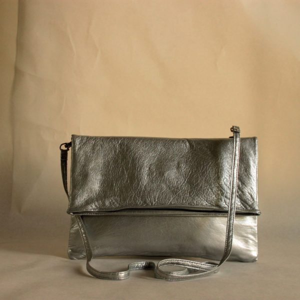 Clutch/ Schultertasche Silber