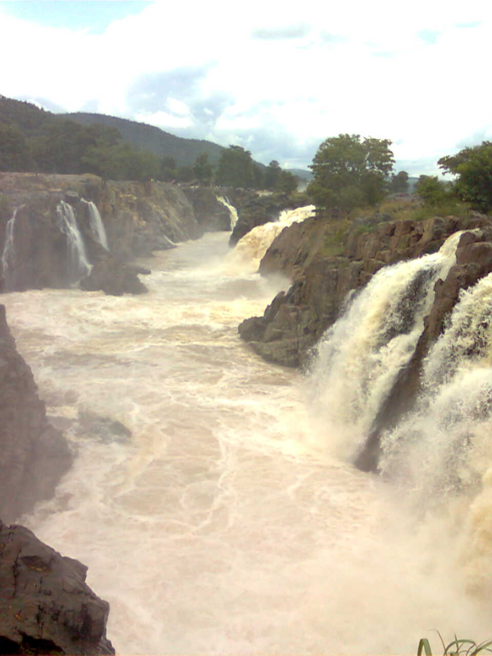 Niagara of India: Hogenakal Falls