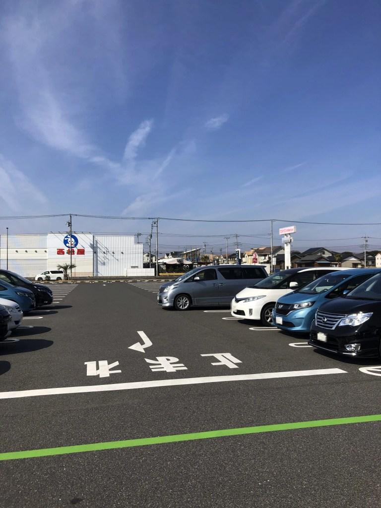 三井アウトレットパーク木更津駐車場の様子