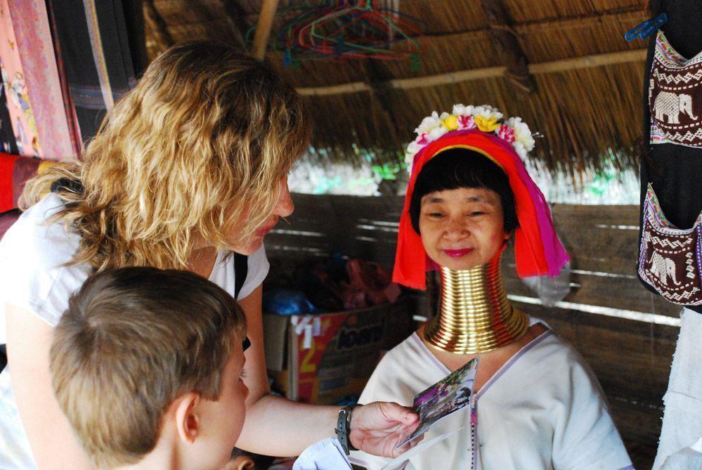 experiencia-con-las-mujeres-jirafa-de-Tailandia-qué-ver-en-chiang-mai