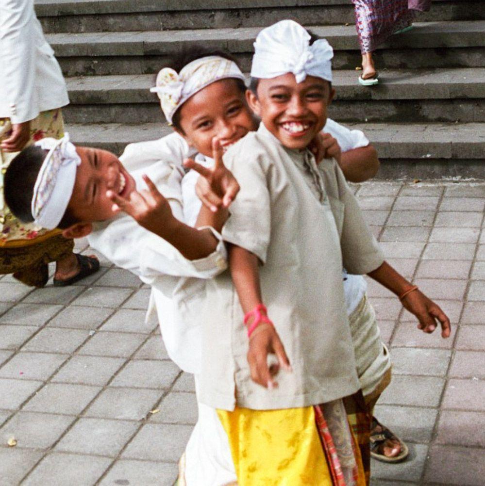 niños-Bali-guía-de-viaje
