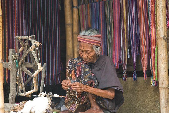 Sasak-tribus-de-indonesia-blog-de-viajes