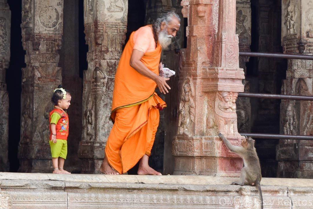 Hampi-India-sur-Bazar-y-templos-India