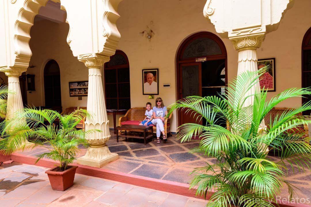 Palacio-de-Shivavilas-patio