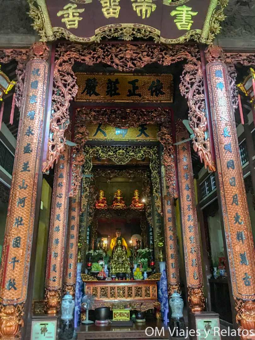 que-visitar-en-Hanoi-templos