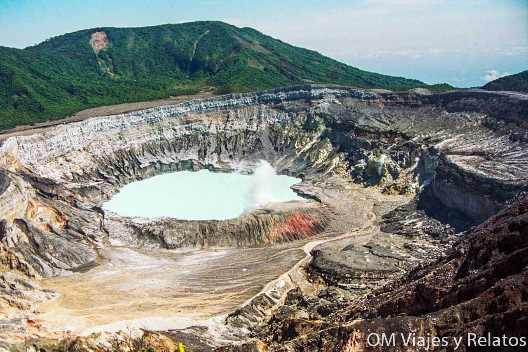 volcanes-activos-Costa-Rica