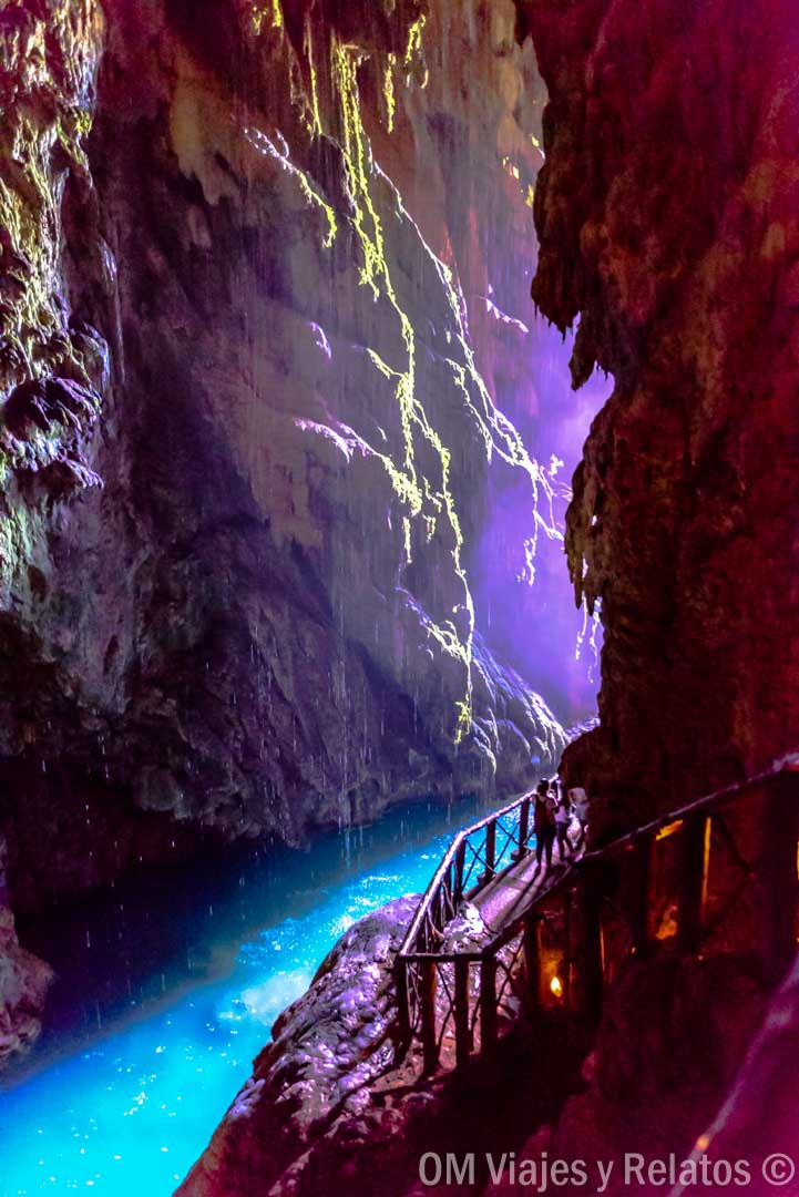 cuevas-Monasterio-Piedra