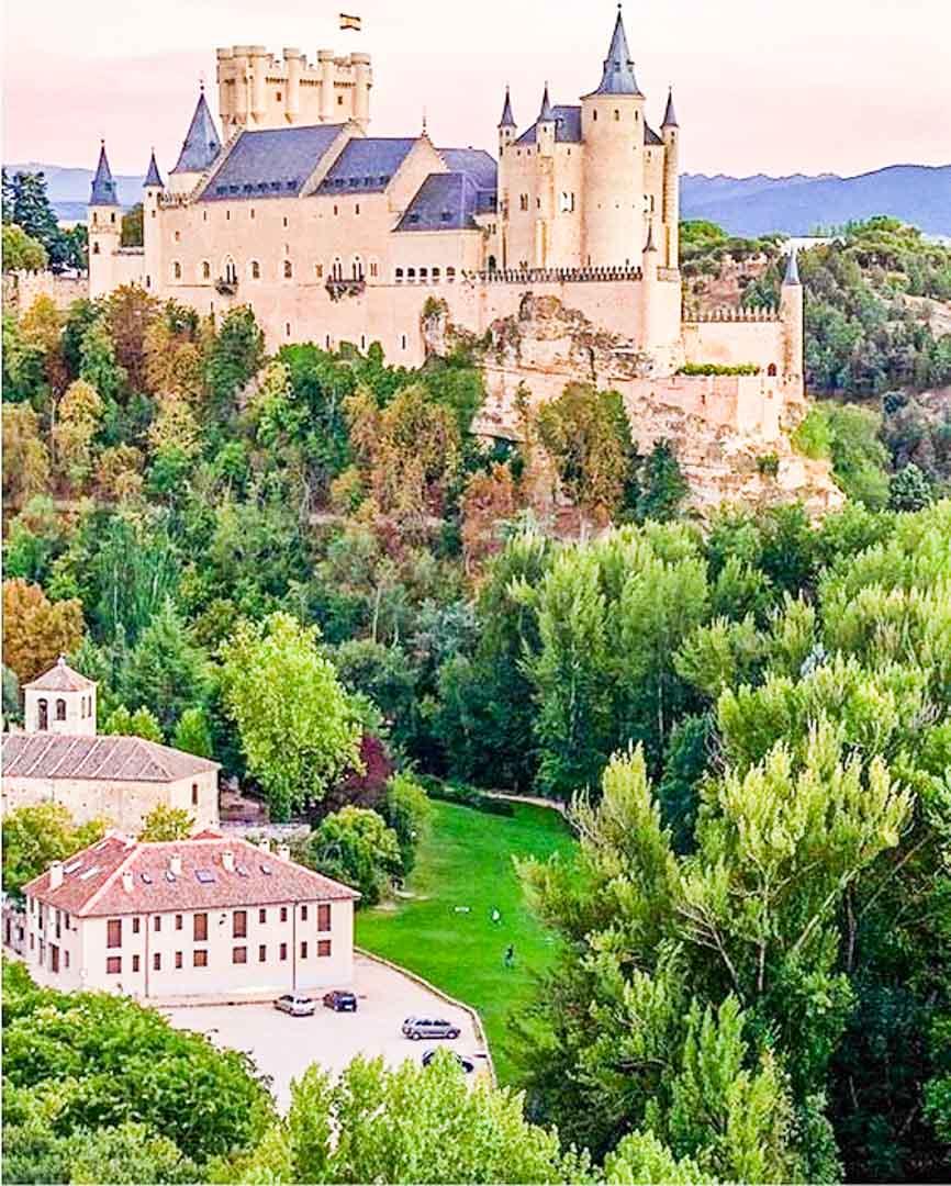 sitios-que-ver-cerca-de-Madrid-Segovia