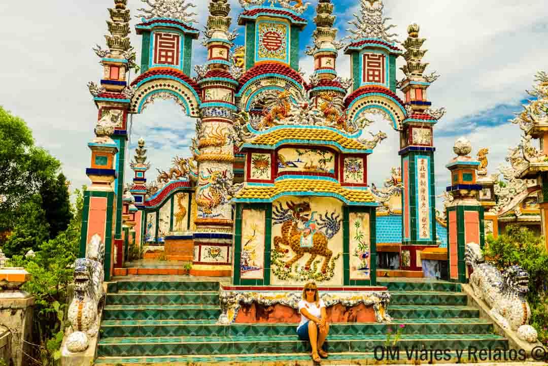 city-of-tombs-Vietnam
