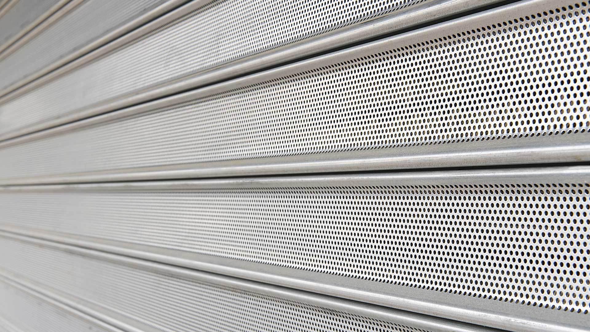 Tout ce qu'il faut savoir sur les dysfonctionnements des rideaux métalliques