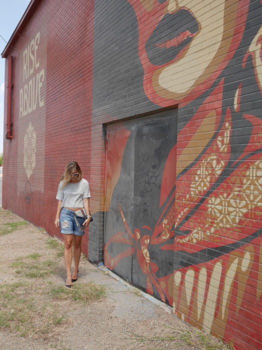 Graffiti, Dallas, Street Art, Vintage Gucci, Street Style, OOTD, Texas, Dior Heels, Cropped top