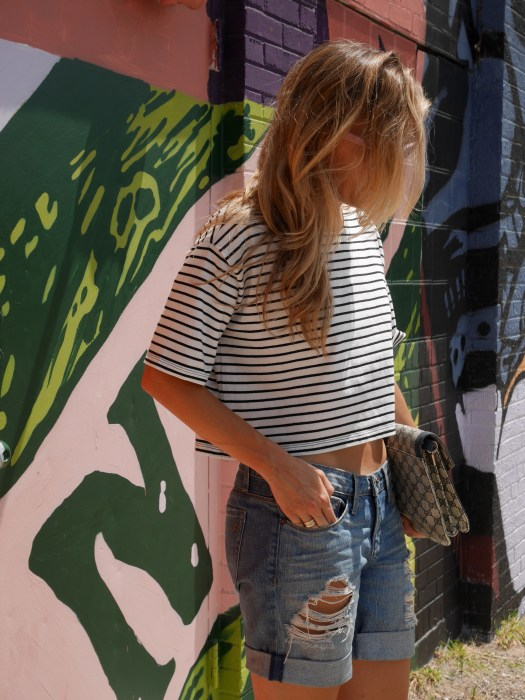 side Graffiti, Dallas, Street Art, Vintage Gucci, Street Style, OOTD, Texas, Dior Heels, Cropped top