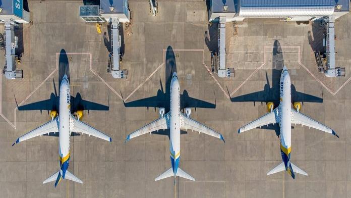 airport_borispol_planes_near_terminal_d_sunny2-696x521-Cropped.jpg