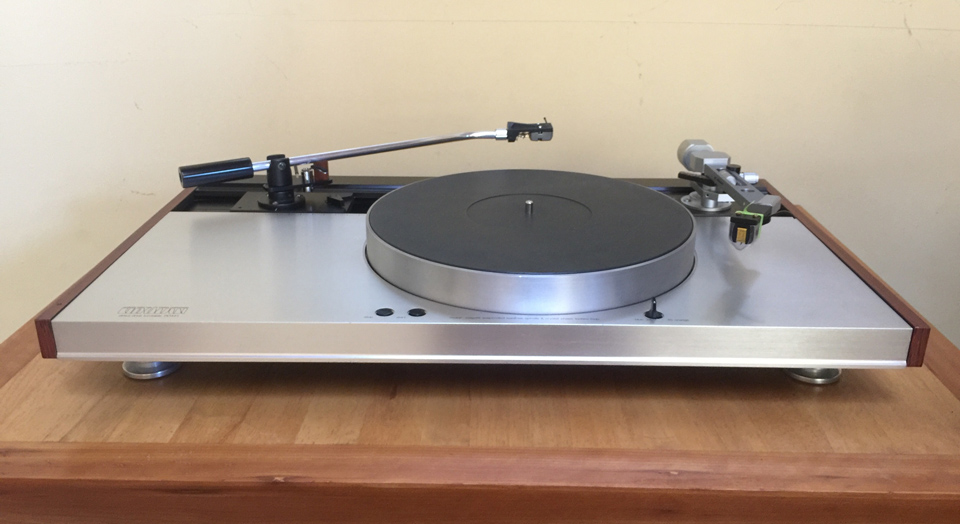 The Luxman PD-444 turntable