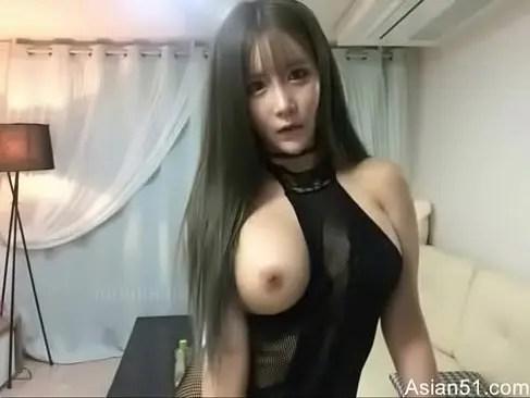 韓国系美巨乳お姉さんがライブチャットで乳首とおまんこを弄ってるオ何-無料動画