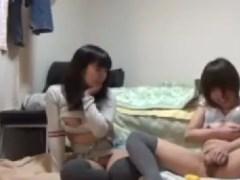 可愛い美少女がオナニーのやり方を見せ合いながら昇天していくオナニー盗撮動画