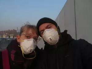 wearing polution masks in Shanghai