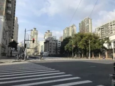 Empty street in Shanghai because of coronavirus