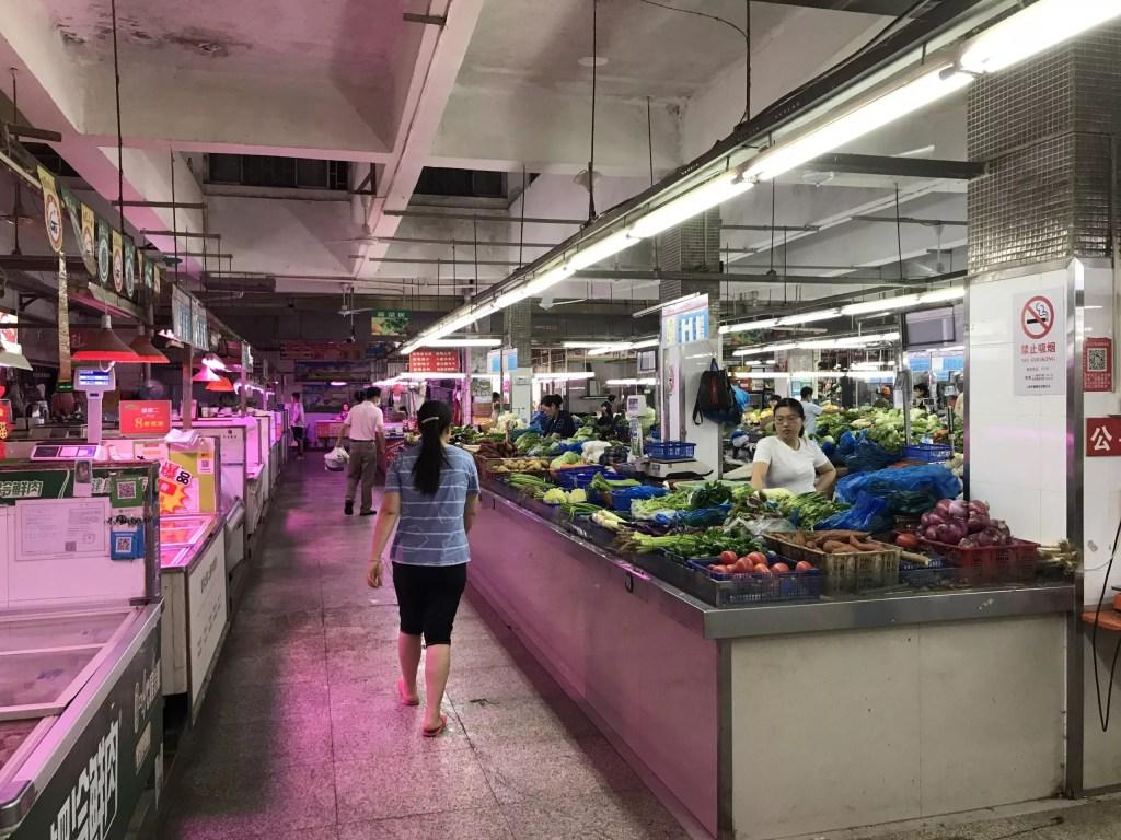 Chinese wet market in Shanghai