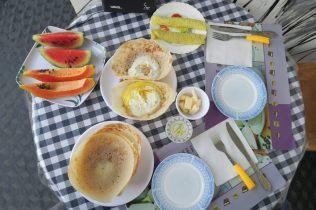Petit-déjeuner à Ella : Hopper et Wellawahum