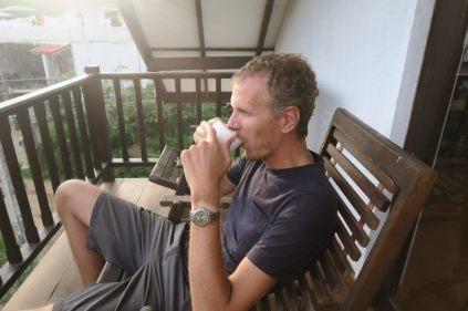 Dégustation d'un thé de Ceylan par mon amateur préféré Julien