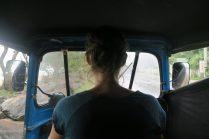 Elise au volant du tuk-tuk ! (elle n'a pas conduit...)