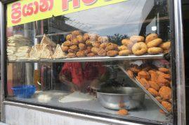 Stand de vente de samossas que l''on retrouve partout dans les rues